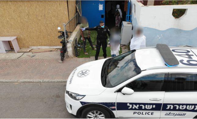 המשטרה פיזרה מאות אריתראים מכנסייה באילת