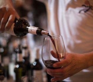 אוכל, חדשות האוכל, מבזקים 4 כוסות בהידור: מבחר יינות טובים לחג