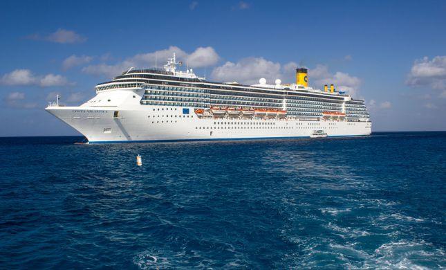 """""""ספינת הקורונה"""" חוזרת: מעל 50 נדבקים בחופי יפן"""