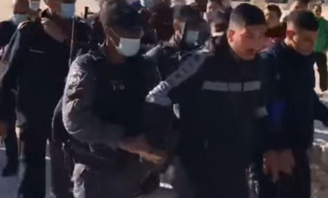8 ערבים נעצרו כשהפריעו לעליית יהודים להר הבית