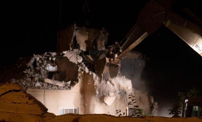 """צה""""ל הרס את ביתו של רוצח רנה שנרב. צפו בתיעוד"""