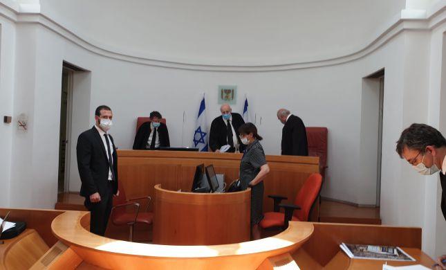 """""""החלטה אומללה"""": נתניהו דורש דיון מורחב על צו בג""""ץ"""