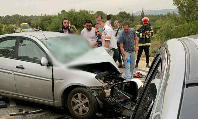 הרוג ופצועים בתאונת דרכים סמוך לנווה מיכאל