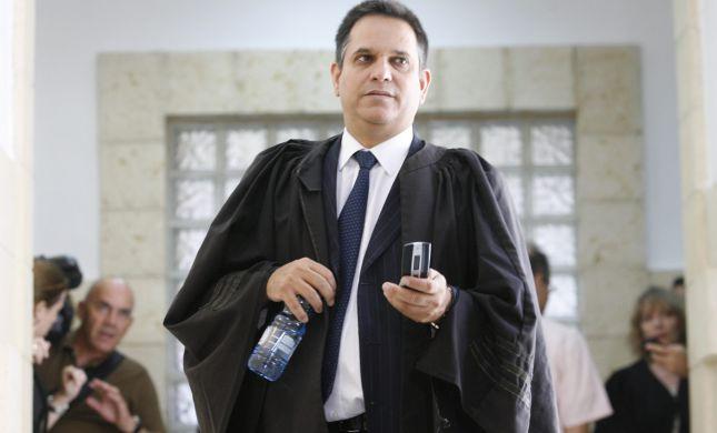 """פרקליט רה""""מ רמז: זה הזמן שיימשך משפט נתניהו"""