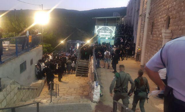 """מהומה במירון: 200 נעצרו לאחר שפרצו לקבר הרשב""""י"""
