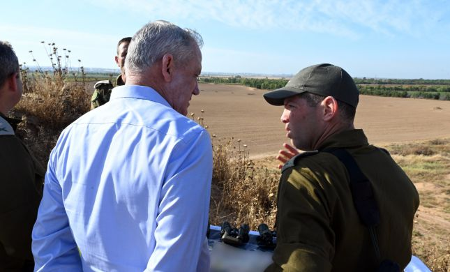 לראשונה בתור שר הביטחון: גנץ ביקר בעוטף עזה