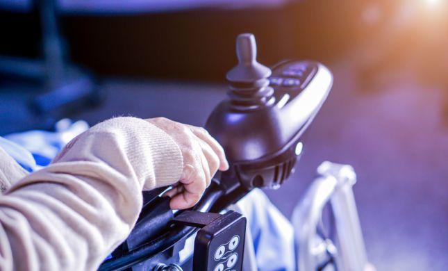 המהפכה הטכנולוגית של כסאות הגלגלים החשמליים בישראל
