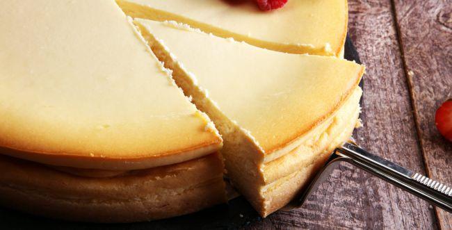 להיט: מתכון קל לעוגת גבינה מ-3 מרכיבים. צפו