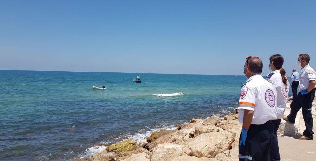 בן 25 טבע למוות בחוף מנטה ריי בתל אביב