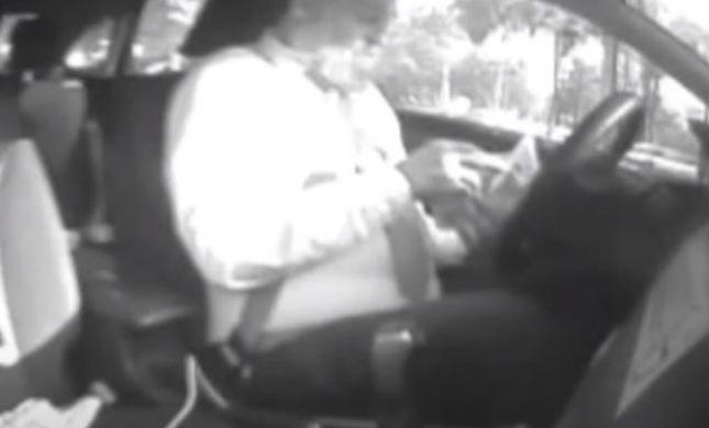 תיעוד: ראש מחלקת היבוא ברבנות צולם מקבל שוחד