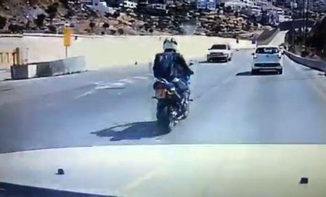 צפו: כך נראית תאונה במעורבות אופנוע
