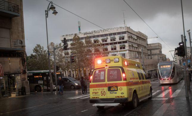 מונשם ומורדם: ילד בן 6 נפל מגובה בירושלים