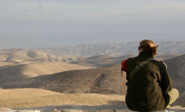 כתב אישום נגד ערבי: תקף חיילת שהמתינה לאוטובוס