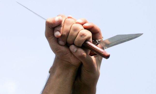"""מטופל בן 73 איים בסכין על רופאים בביה""""ח וולפסון"""