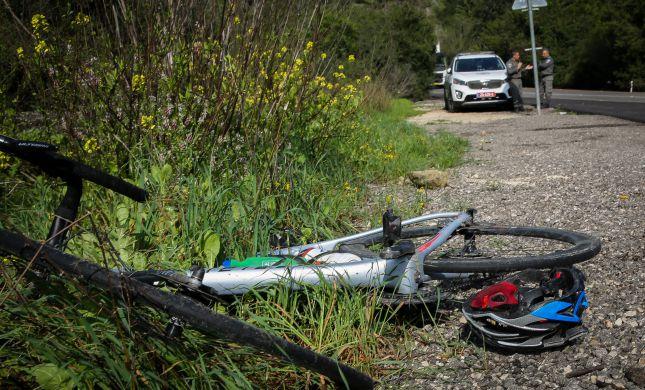 המשטרה חוקרת נסיבות מותו של רוכב אופניים בן 14
