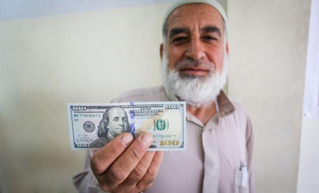 """""""פרוטקשן לחמאס"""": ישראל אישרה העברת כספים לעזה"""