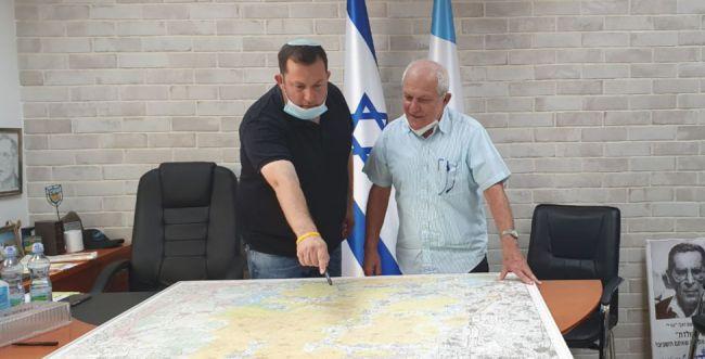 ראש מועצת שומרון מגייס את מרכז הליכוד