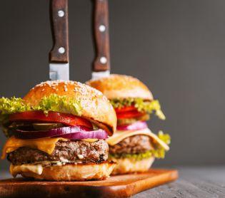 אוכל, מתכוני פרווה צ'יזבורגר כשר: כך תכינו המבורגר טעים (וצמחוני!)