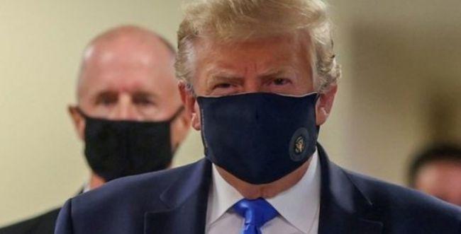 לראשונה: טראמפ עטה מסיכה בביקור בבית חולים