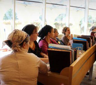 הרבנות הראשית לישראל, יהדות הרבנות נכנעה: נשים ייבחנו מחוץ לרבנות הראשית