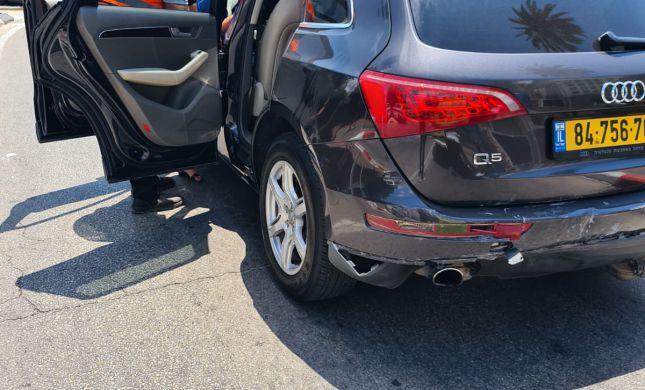 תאונת דרכים בעכו: רכב התנגש בעמוד, 6 פצועים