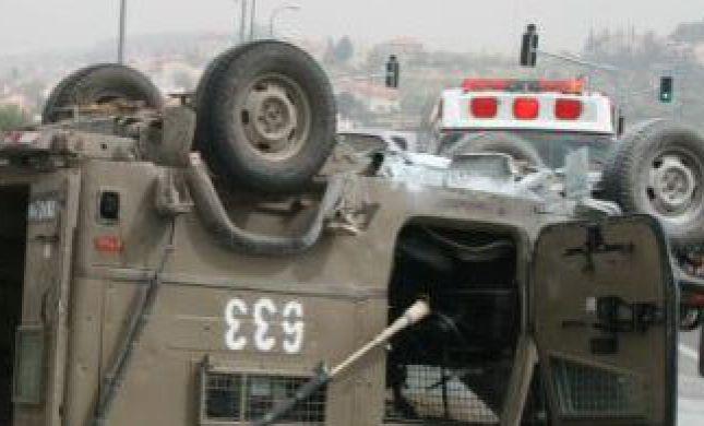 """חייל נהרג וקצין צה""""ל נפצע בהתהפכות רכב צבאי בהר דב"""