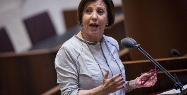 """גם ראש העיר הגיב: ציוץ של זהבה גלאון מסעיר את פ""""ת"""