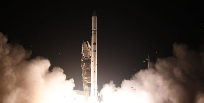 """ישראל שיגרה בהצלחה את לווין הריגול """"אופק 16"""""""