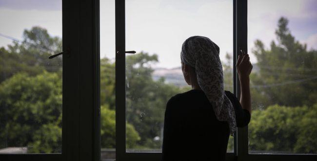 המסע של אשה מוכה מתחיל כשהיא יוצאת מהמקלט