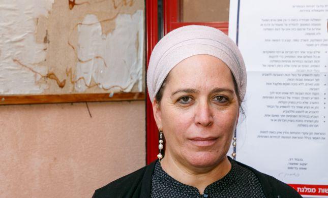דינה דיין: מפגיני שמאל ירקו עלי כי אני אשה דתייה