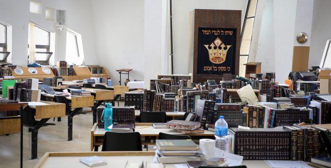מתוך 8,000 תלמידי ישיבות ציוניות נדבקו רק 14
