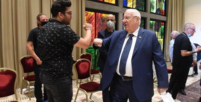 """""""הגענו לפת לחם"""": אנשי התרבות נפגשו עם הנשיא"""