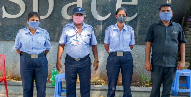 לא רק בישראל: שיאי הידבקות וחזרה לסגר בעולם