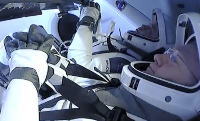 אחרי חודשיים בחלל: טיסת SpaceX חזרה לכדור הארץ