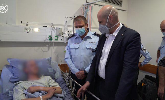 """הלוחם שנפצע בפיגוע הדקירה שוחרר מביה""""ח"""