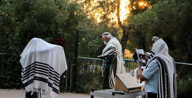 תל אביב מתירה להרחיב את שטח התפילות בחגים