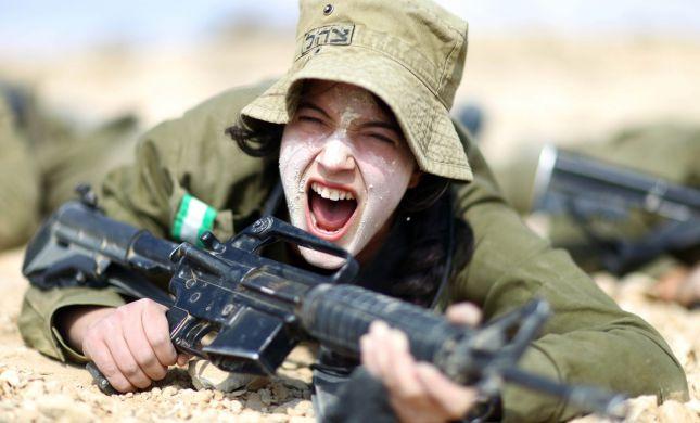 """צה""""ל יבחן מחדש גיוס בנות ליחידות קרביות"""