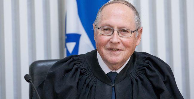 """השופט רובינשטיין: צריך להגביל את כהונת רה""""מ"""