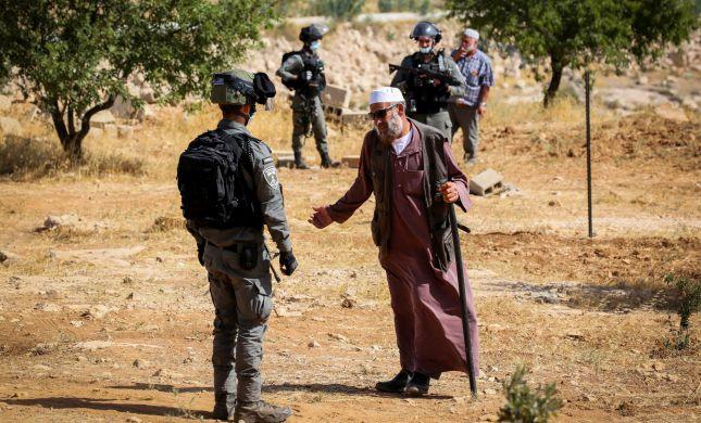"""מח""""ש מאשימה: שוטרי מג""""ב שדדו ותקפו פלסטינים"""