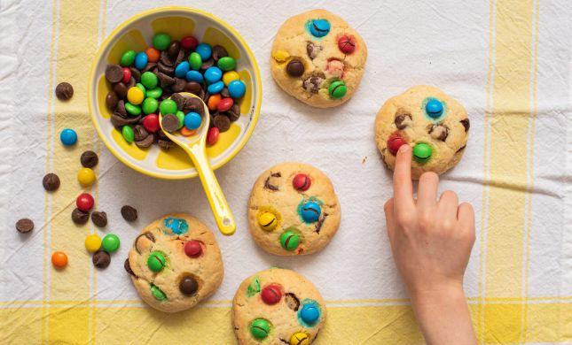 תקראו לילדים: מתכון לעוגיות שיכניסו צבע לחופש