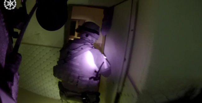 תיעוד: רגעי המעצר של פעיל חמאס הישראלי