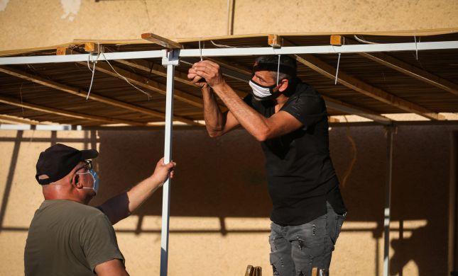 """""""אין מצב, זה לא אמיתי"""": לבנות סוכה במרכז תל אביב"""