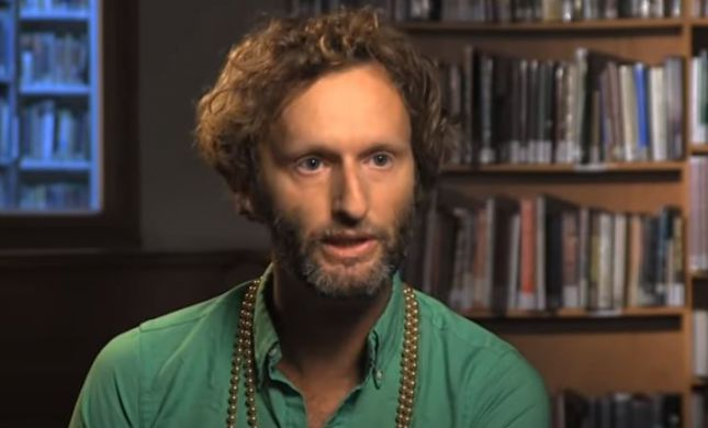 בשל תחקיר נגדו על עבירות מין, עיתונאי 'הארץ' התפטר