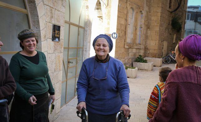 הרבנית לוינגר הובאה למנוחות בחברון