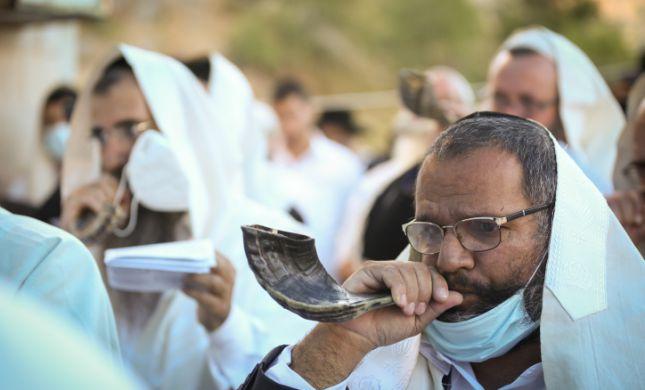 מסתמן: כך יראה המתווה לבתי הכנסת בחגים