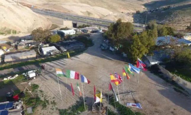 בדיון חסוי, ביקשה המדינה לא לפנות את חאן אל אחמר