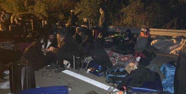 תקועים בדרך לאומן: מאות חסידים חסומים בבלארוס