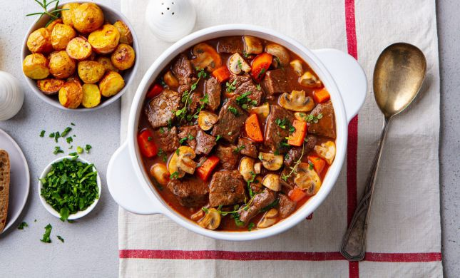 סורגים שבת: מתכון מנצח לתבשיל בשר חגיגי