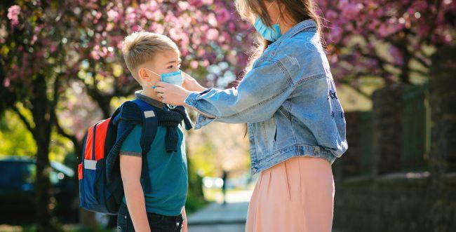 איך עוזרים לילדים להתמודד עם תקופת הקורונה?