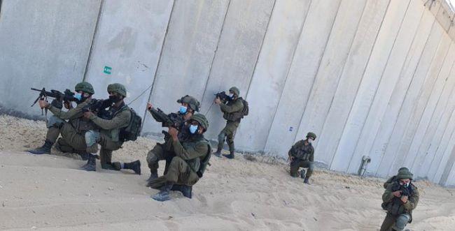 """צה""""ל עצר חשוד חמוש שניסה לחצות את גבול עזה"""